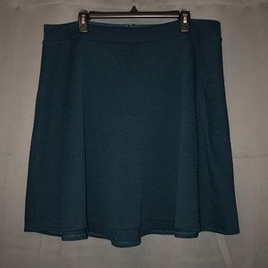 Quilt-Textured A-line Skirt (Skater Skirt)